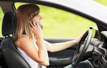 01 cell phone use while driving