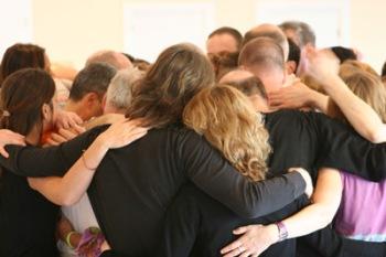 people-hugging